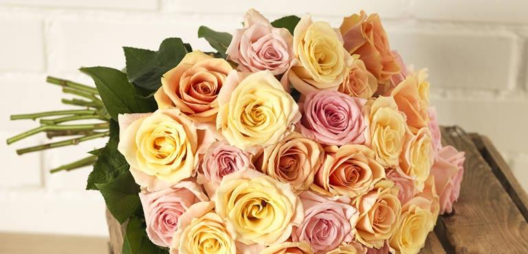 Send smukke roser