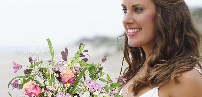 Ønsk tillykke med blomster