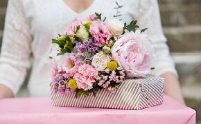 At give blomster og gaver på Mors dag handler om at vise mor anerkendelse