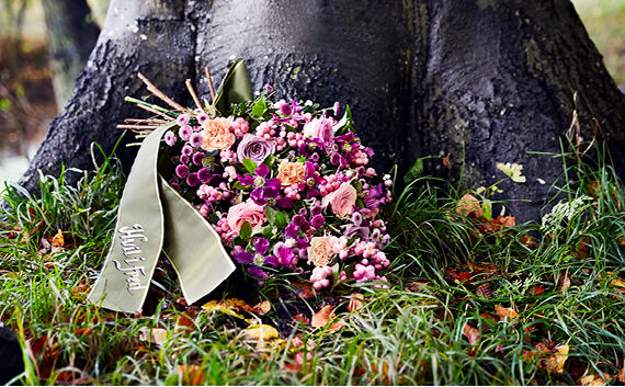 Ord og blomster til begravelse